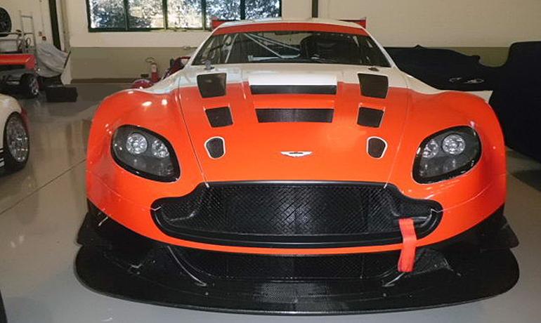 Aston Martin Vantage GT3, 2012.